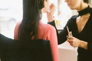 Studia kosmetyczne czy kurs – co wybrać?